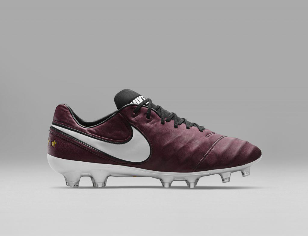 chaussure football nike tiempo 6 pirlo