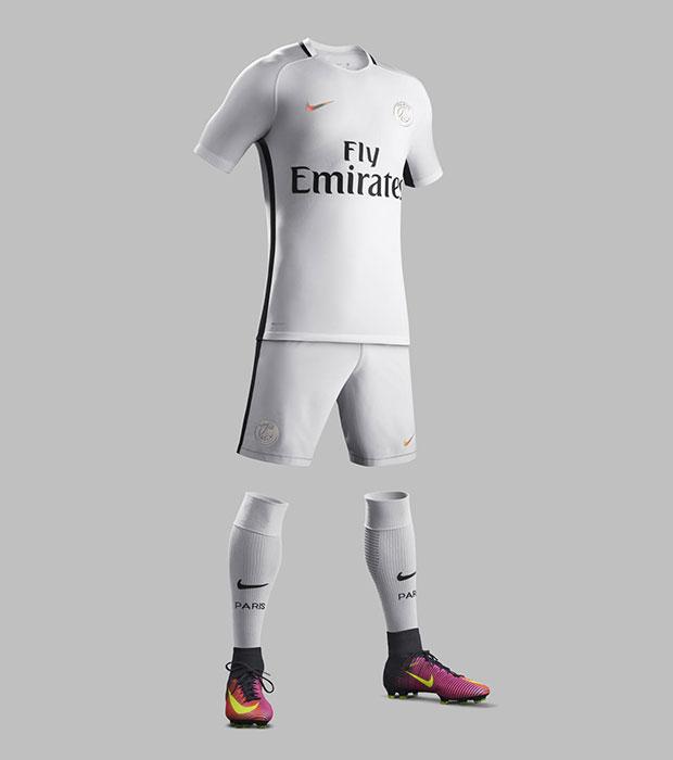 Nike PSG 3eme Tenue Blanche Saison 2016-2017