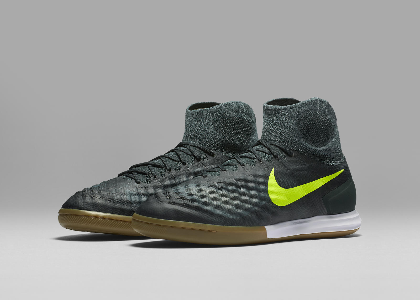 nikefootballx_floodlights_magistax_proximo_ic