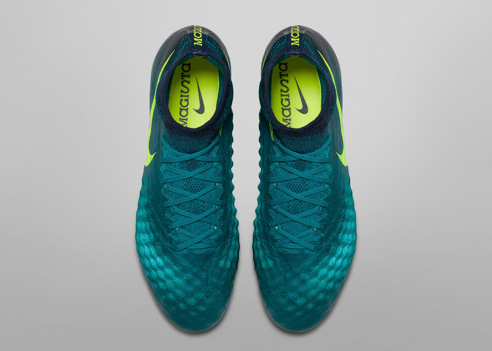 nike_football_floodlights_pack_magista_obra_2_fg_01