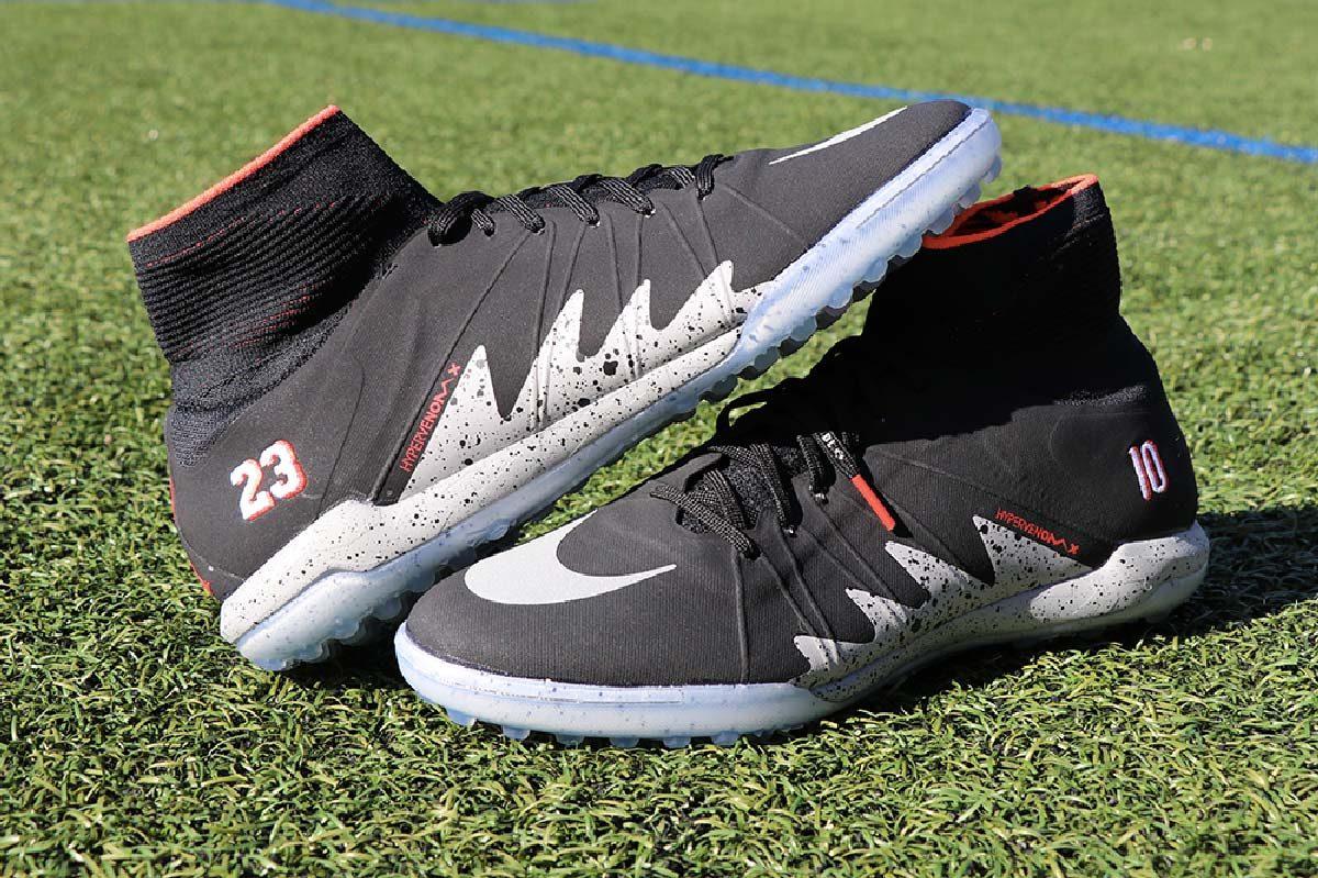 service durable Pré-commander forme élégante Test Chaussure Foot Nike HypervenomX Neymar Jordan