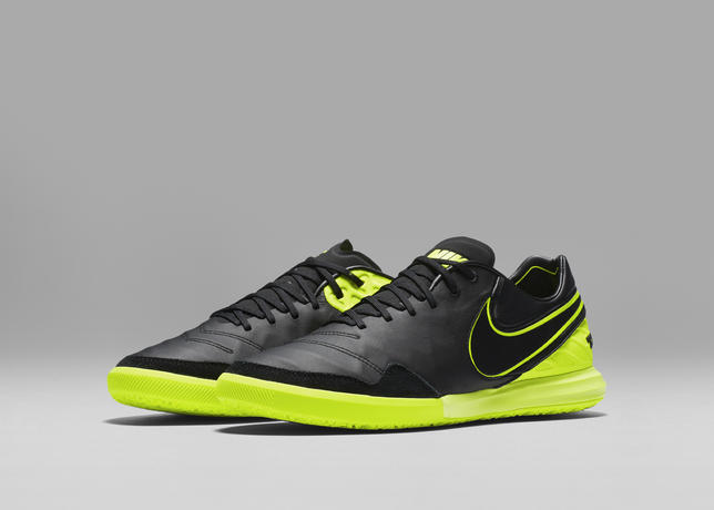 nike_football_dark_lightning_tiempo_proximo_ic_06_07_63899