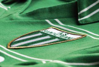 Le Coq Sportif réédite deux maillots historiques de l'ASSE