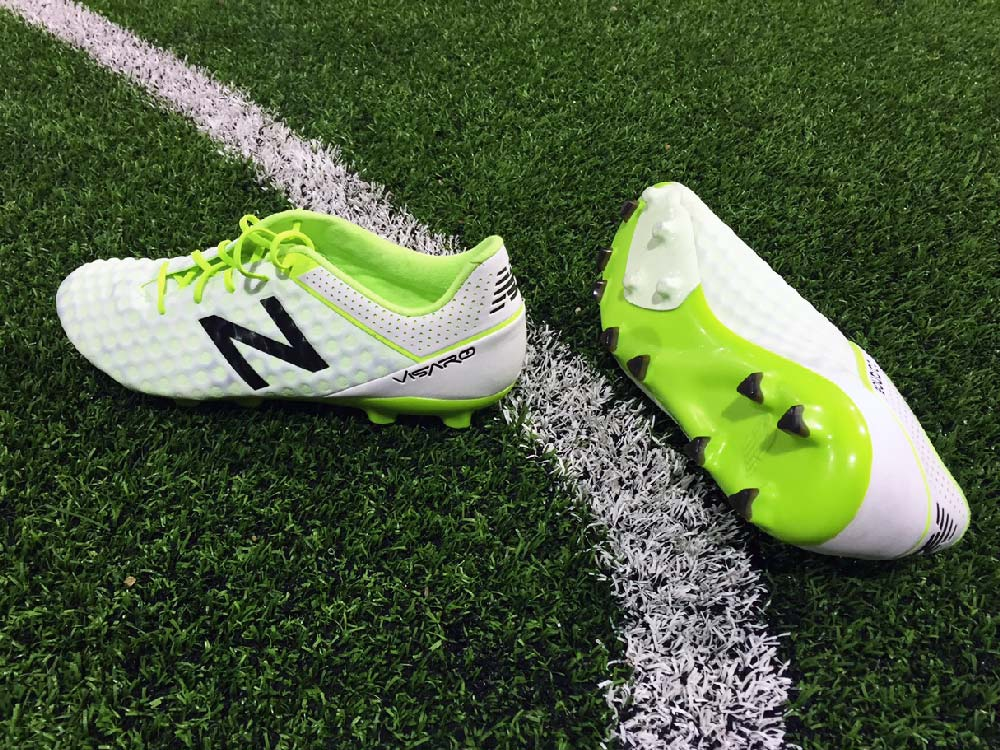 new balance chaussure football