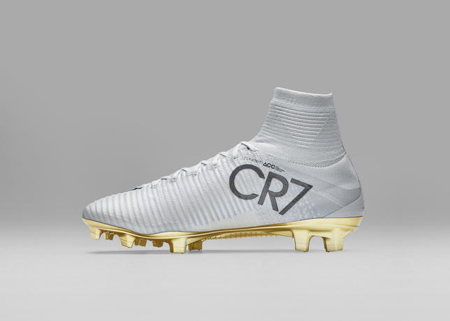 crampons-nike-mercurial-superfly-cr7-vitorias