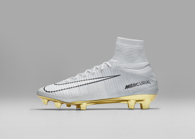 Chaussure de football Nike Mercurial Superfly CR7 VITORIAS