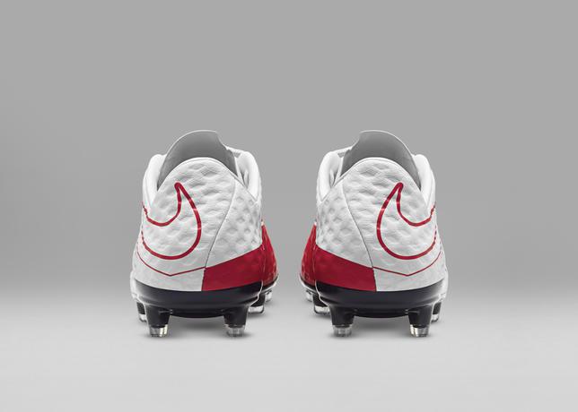 Photo Nike Hypervenom WR250
