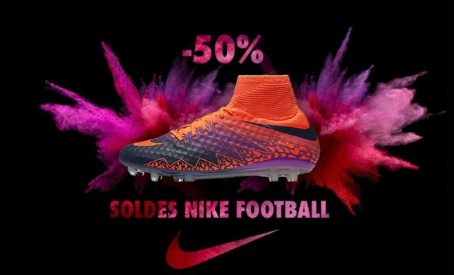 Soldes Chaussures Nike Football