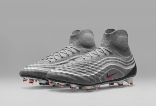"Nike Football Revolution Pack inspiré des ""Air Max"""