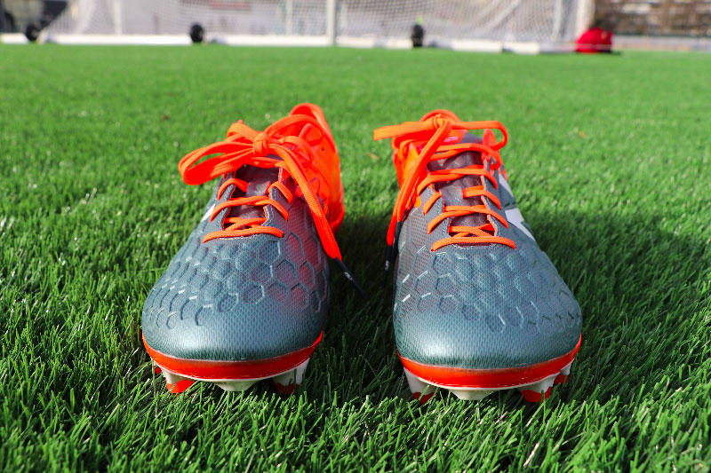 Avis Chaussures Foot New Balance Visaro 2