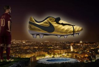 Nike Tiempo Legend VI Totti x Roma - Limited Edition