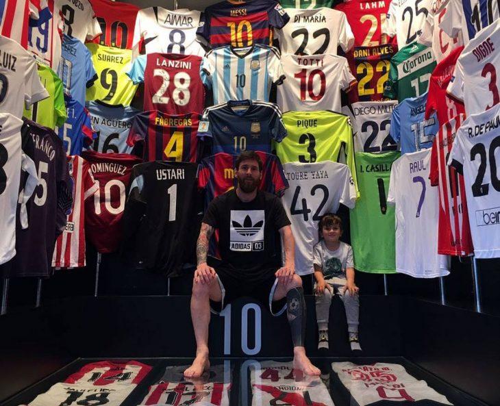 Collection-Maillot-de-Foot-de-Lionel-Messi