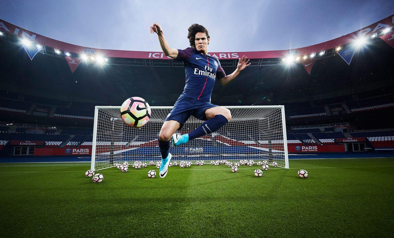 Nouveau Maillot du PSG pour la saison 2017 2018 | Foot Inside