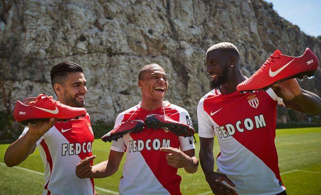 Pack NIKEiD AS Monaco