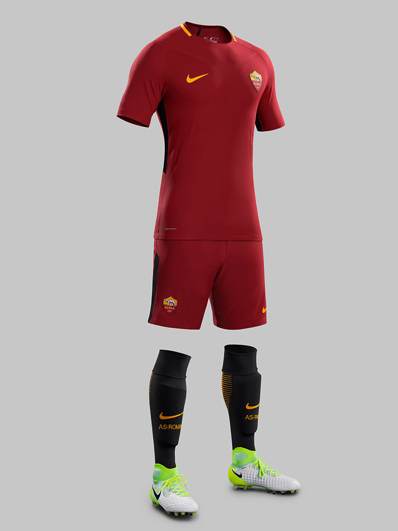 Tenue Officielle AS Roma 2018