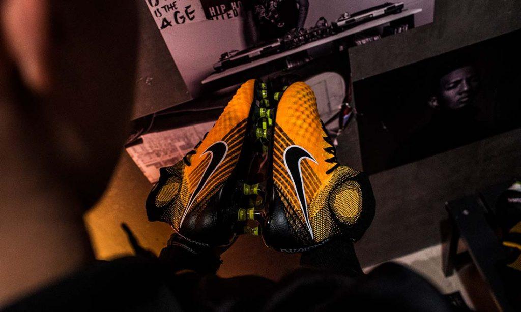 Nike Magista Lock in Let loose