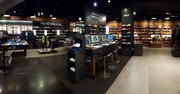 Soiree Shopping Nike Paris
