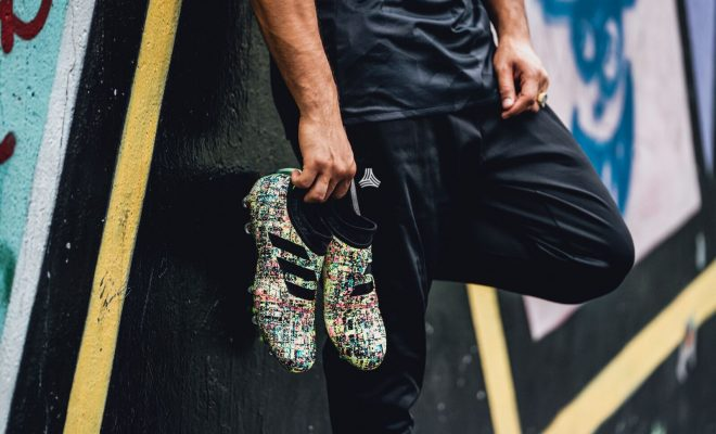 chaussures de football adidas Glitch