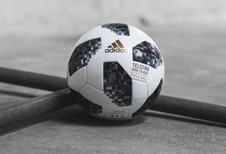 Telstar 18, le ballon officiel de la Coupe du Monde FIFA 2018