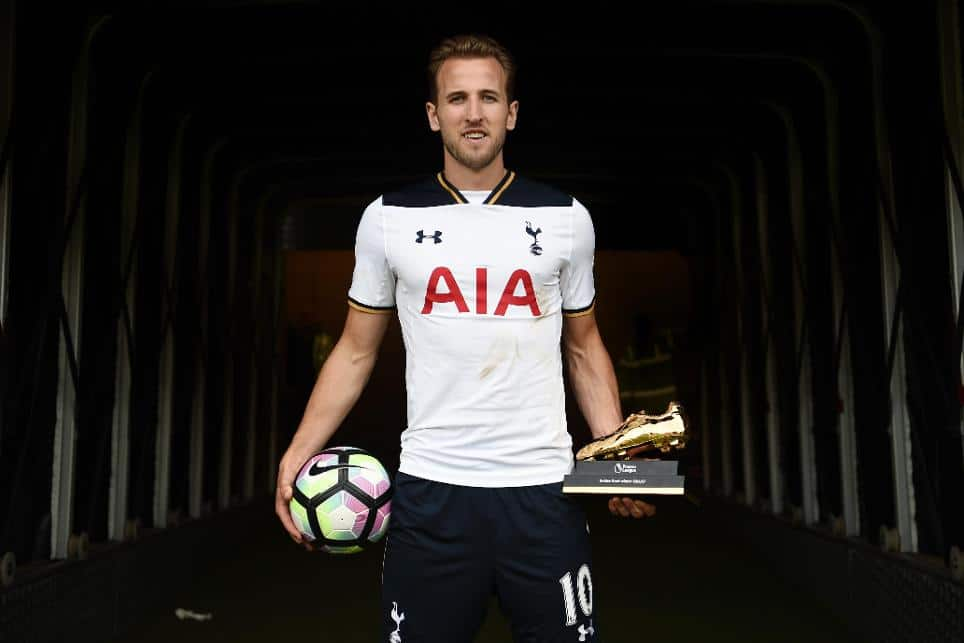 "Harry Kane - ""Soulier d'or"" Meilleur Buteur 2017"
