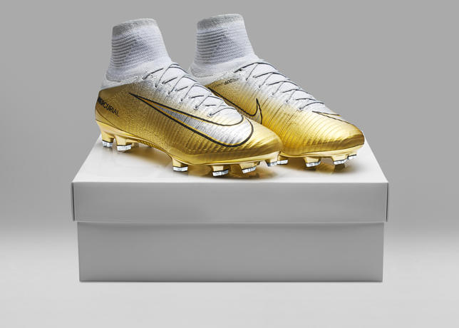 Mercurial Superfly CR7 Quinto Triunfo
