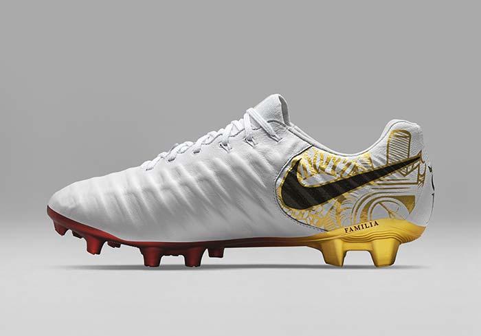 Sergio Signature Tiempo Y Modèle 7 « Sangre Pour »Un Nike Corazon Yb7fg6yv