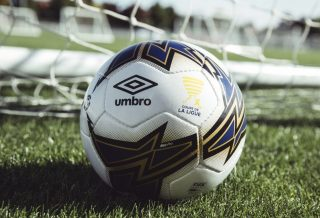 Umbro dévoile le ballon de la Coupe de La Ligue 2018