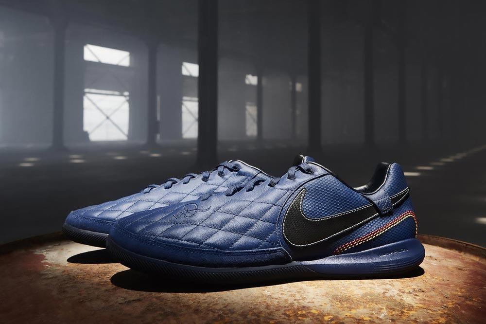 Nike City Collection 10R en hommage à Ronaldinho Foot Inside
