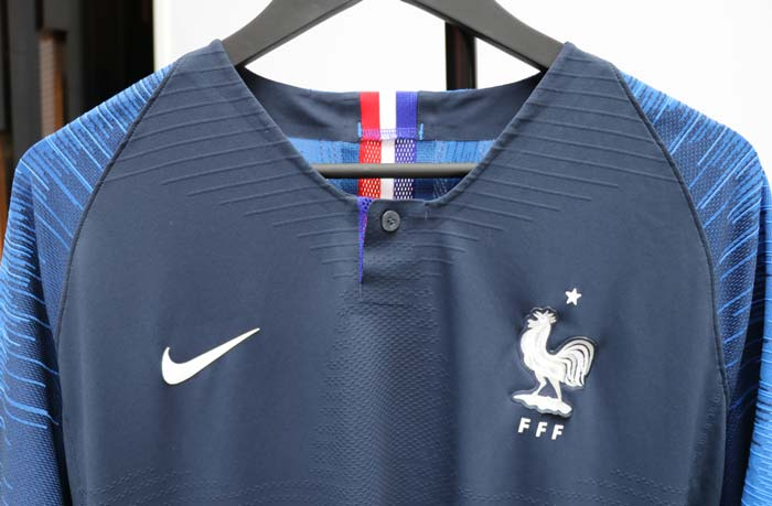 nike d voile les maillots officiels de l 39 quipe de france 2018 foot inside. Black Bedroom Furniture Sets. Home Design Ideas
