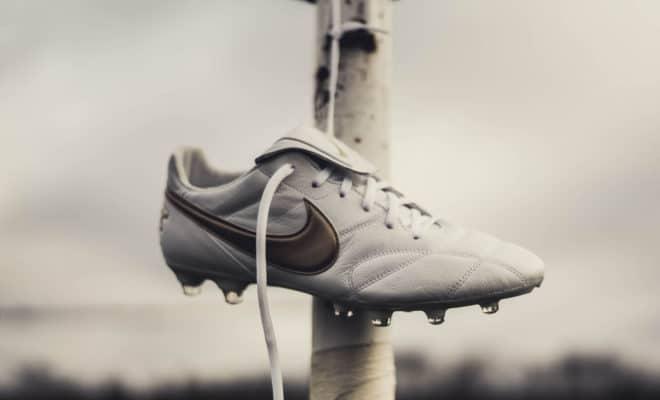 Nike Premier 2 White Metallic Gold R10 Ronaldinho