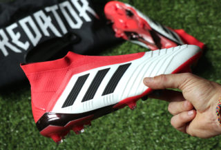 "Vidéo Unboxing adidas Predator 18+ ""Cold Blooded"""