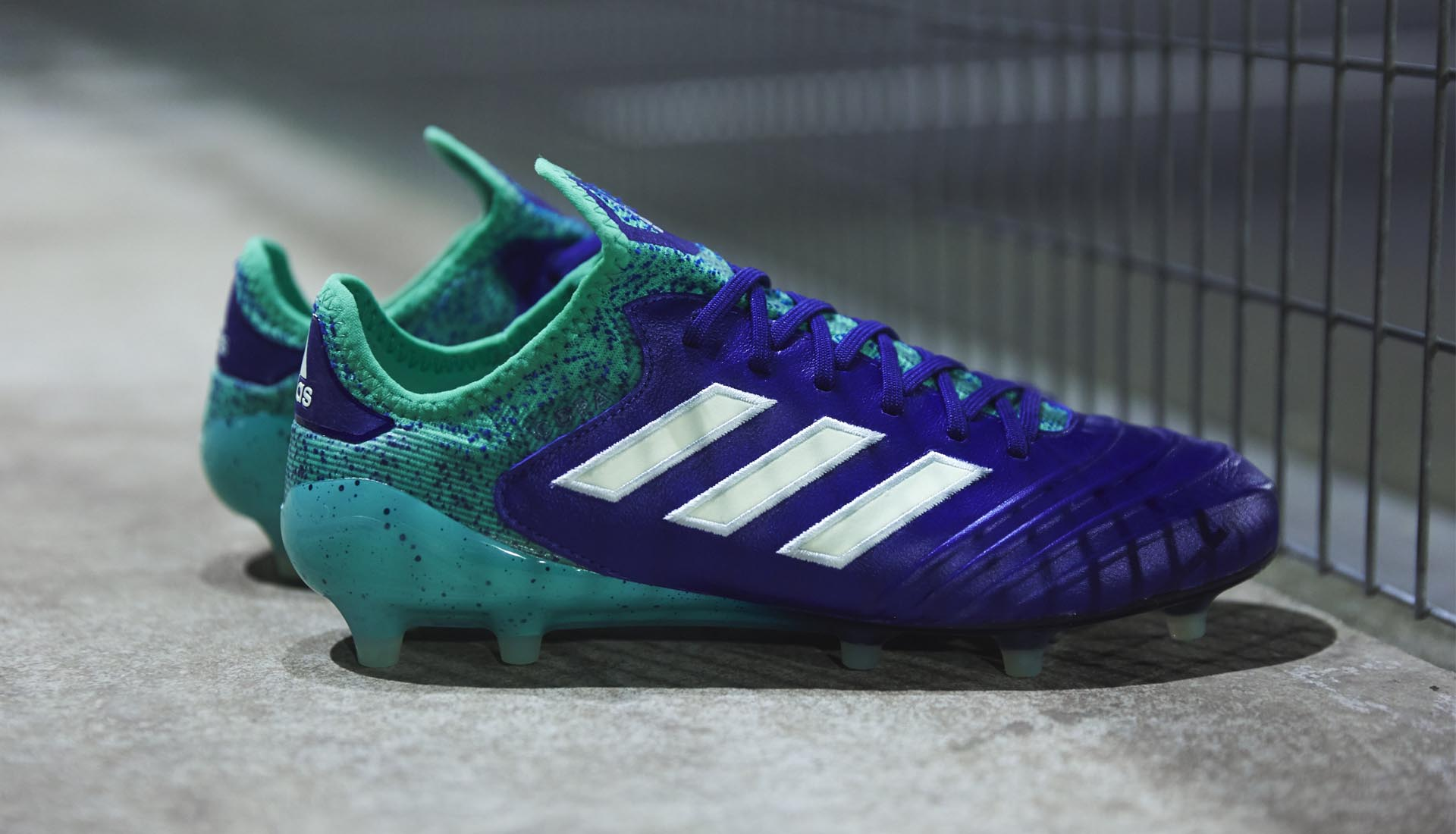 La chaussure de foot adidas COPA18 Deadly Strike
