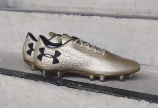 "Chaussures de Football Under Armour Magnetico ""Metallic Gold"""