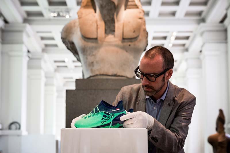 Les chaussures de Mohamed Salah au British Museum