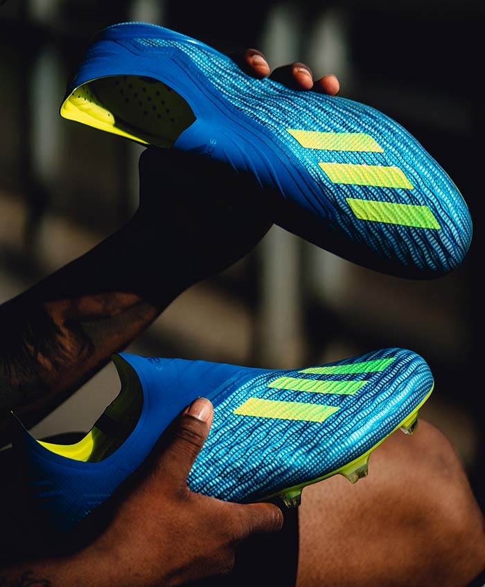 chaussures de football adidas X18+