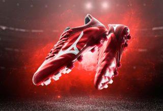 """Mizuno dévoile le """"Red Passion"""" pack pour la Coupe du Monde"""