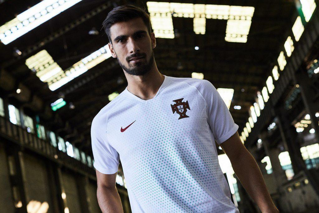 Le maillot du portugal dans le Top 10 des plus beaux maillots du Mondial 2018