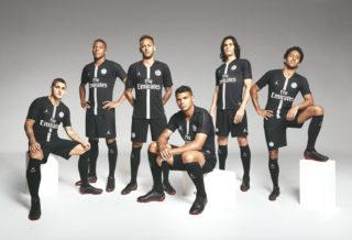 """Le PSG dévoile ses maillots """"Air Jordan"""" pour la Ligue des Champions"""