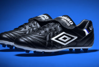 Umbro Speciali 98 : une chaussure inspirée d'un grand moment de football