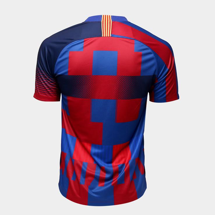 maillot « mashup » du FC Barcelone pour ses 20 ans de partenariat avec Nike