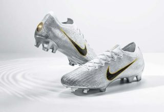 "Une Nike Mercurial ""Golden Touch"" pour le ballon d'or Luka Modric"