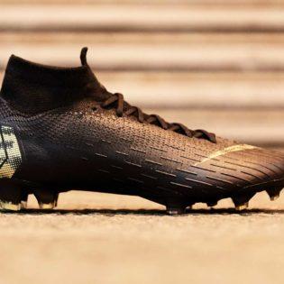 """Nike Football dévoile le """"Black Lux"""" pack pour ce début d'année"""