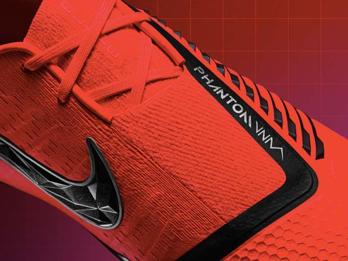 Chaussure de Football Nike Phantom Venom - Details de l'empeigne et du système de lacets