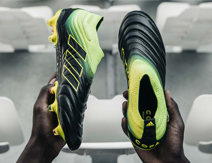 Chaussures adidas football COPA Exhibit pack