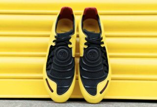 Nike réédite la chaussure de foot Total 90 Laser I