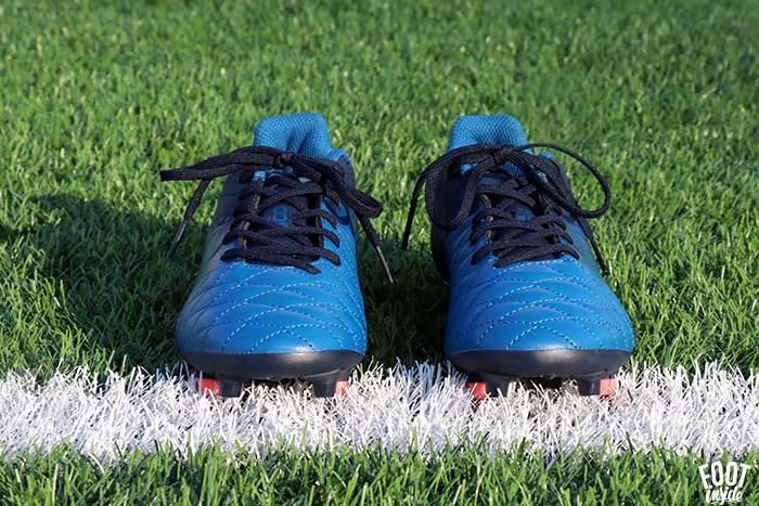 chaussure de football femme Decathlon - modèle Agility 500