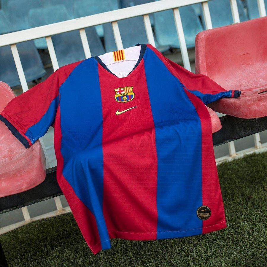 remake du maillot Nike FC Barcelone 98/99