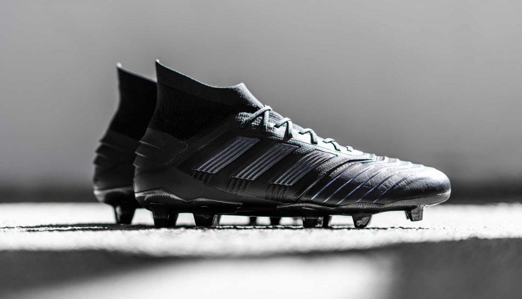 chaussure-foot-adidas-predator-en-cuir