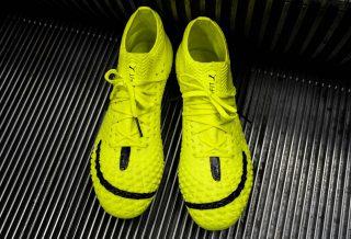 Antoine Griezmann co-design une chaussure de football pour célébrer ses 10 ans de carrière