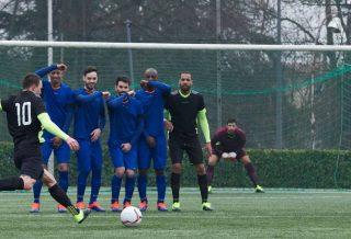 Football : Comment bien s'équiper pour jouer en hiver